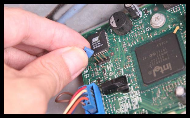 Kết quả hình ảnh cho o pin BIOS để thiết lập lại BIOS
